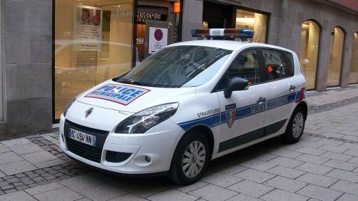 """שבעה כלי נשק נעלמו מתחנת משטרת פריז: """"כל הכיוונים נבדקים"""""""