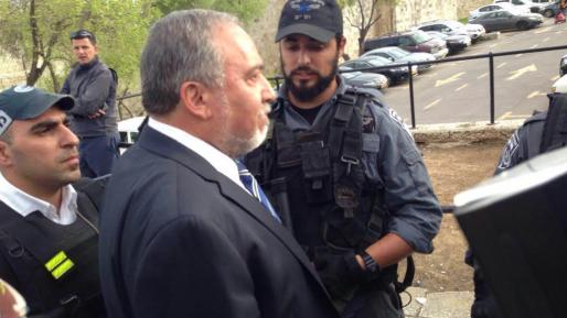 ליברמן: ״מבקש ממשפחת אזריה לא לערער – פנו לרמטכ״ל לחנינה״