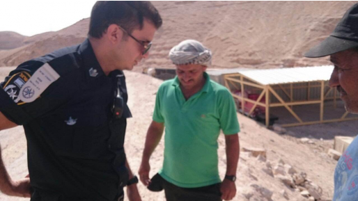 ישראל לא הורסת: הערבים עברו לבנות בניגוד לחוק גם באור יום