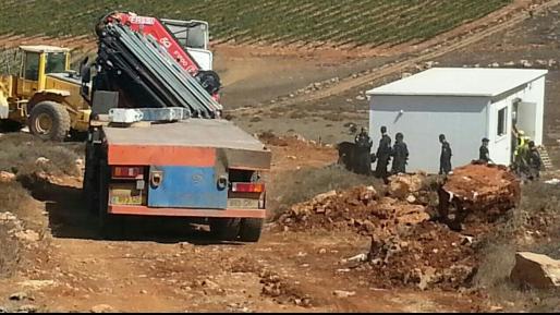 זעם באש קודש: המנהל החרים קרוואן מגורים של לוחם השייטת