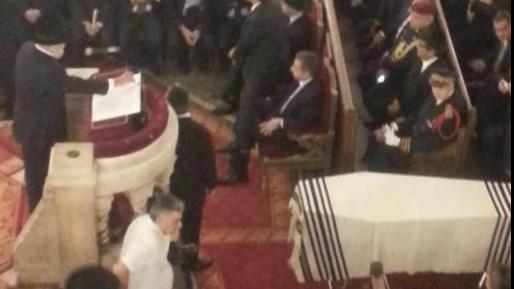 הקהילה הצרפתית נפרדה מהרב סיטרוק בבית הכנסת בפריז