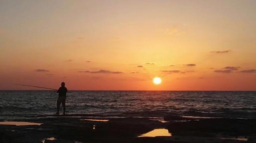ארצנו היפה: השקיעה בחוף שבי ציון