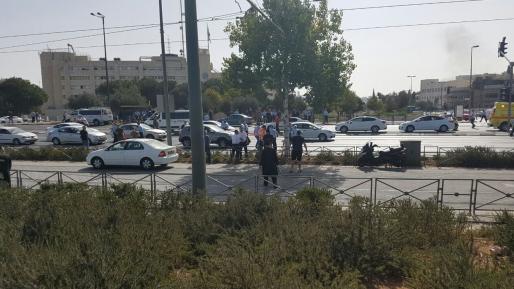 צפו: ערביי ירושלים צועקים ״אללה ואכבר״ במהלך הפיגוע