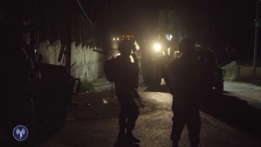 6 ערבים מבוקשים נעצרו ביהודה ושומרון, אקדח נתפס בסמוע