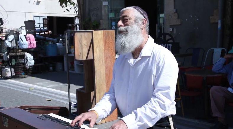 """מיוחד לגולשי 0404: צפו באריאל זילבר והראל נוף בביצוע מחודש לשיר """"ברוש"""""""