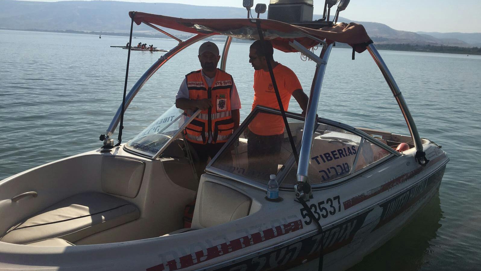 צפו: סירת איחוד הצלה טבריה משתתפת באבטחת תחרויות המכבייה ה-20 בכנרת