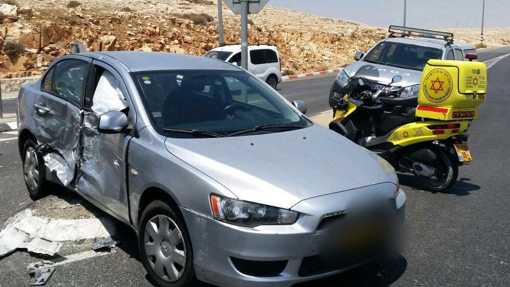 5 פצועים בהם ילדה בתאונה בכביש 437