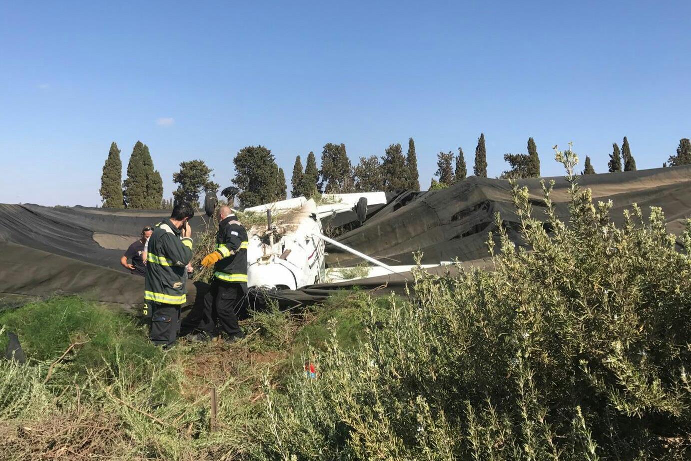 שני פצועים בנחיתת חירום של מטוס קל סמוך לשדה התעופה בהרצליה