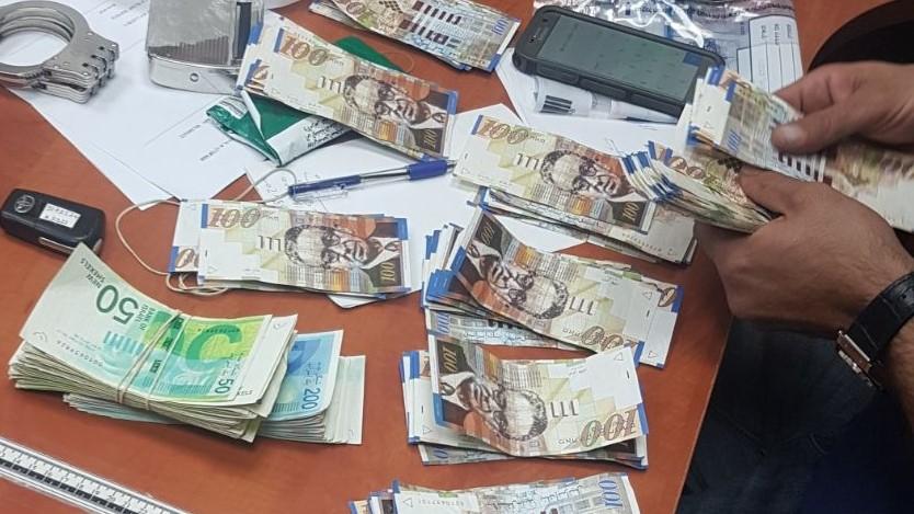 """בן 16 נעצר גנב 65,000 ש""""ח מחנות בגדים"""