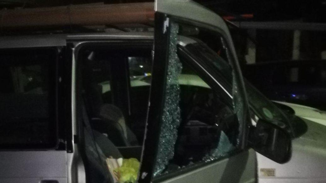 """נעצרו בדואים שגנבו עשרות כלי רכב מחניונים ליד בסיסי צה""""ל והרכבת"""