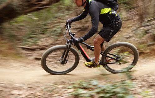 """רוכבים על אופניים – מעכשיו יש """"וויז"""" לאופניים"""