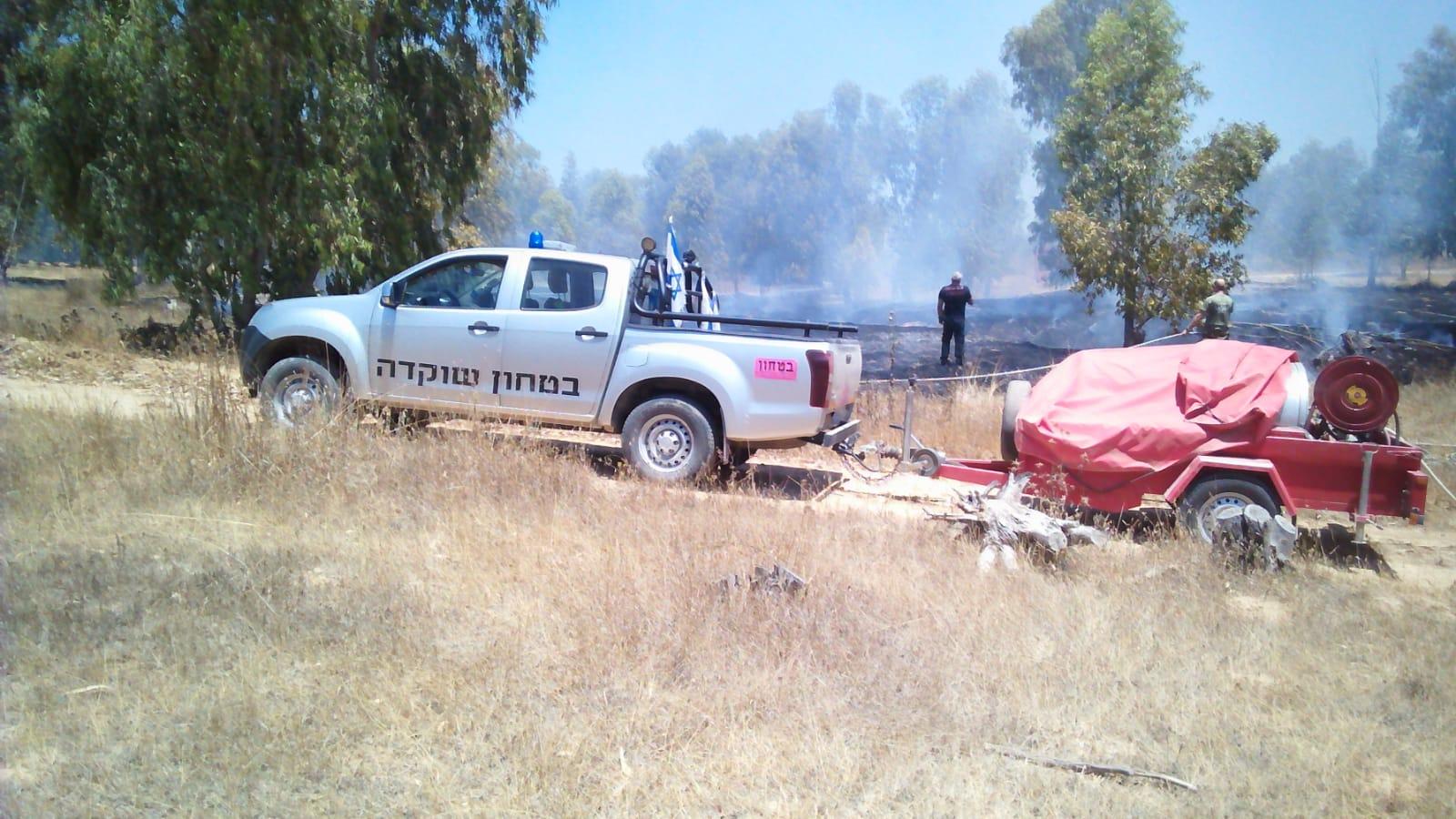 עפיפון תבערה גרם לשריפה ביער שוקדה, כוחות רבים הוזעקו למקום