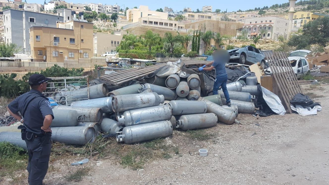128 מיכלי גז גנובים אותרו והוחרמו בטמרה. המשטרה פתחה בחקירה