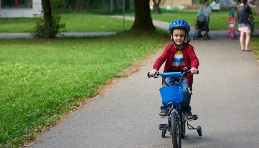 על גלגלים: מדוע כדאי לרכוש עכשיו אופניים לילדים?