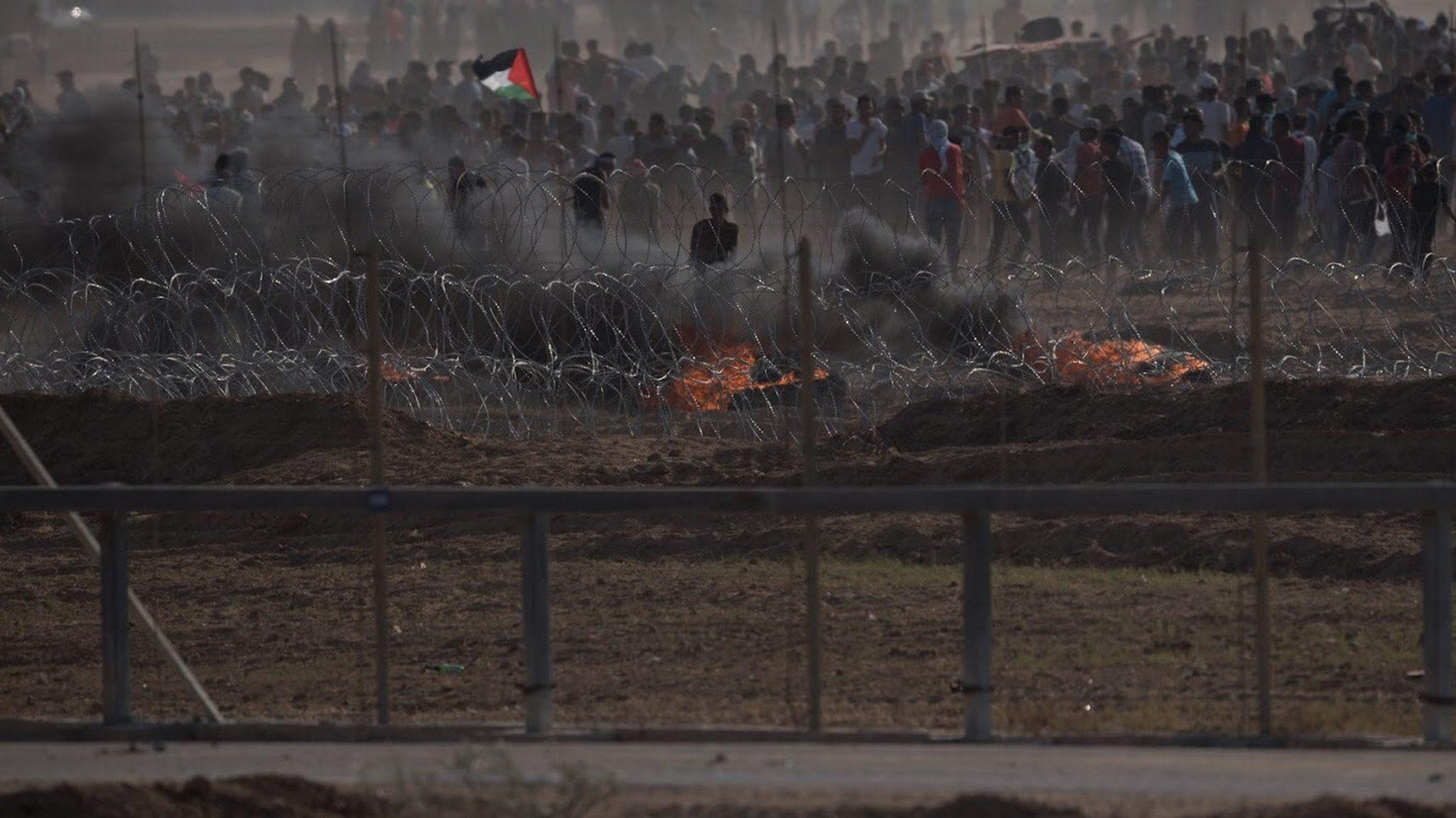 מטענים ורימונים לעבר כוחותינו: לפחות 10,000 משתתפים בהתפרעויות הטרור בגדר הרצועה