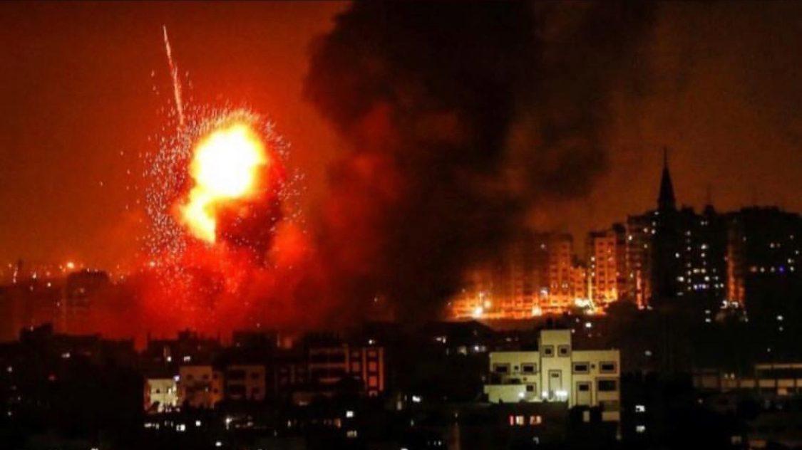 מטוסי קרב של חיל האוויר תקפו מתחם צבאי של חמאס בדיר אל באלח במרכז הרצועה