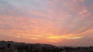 ערב טוב ישראל עם השקיעה המהממת מקריית נטפים שבשומרון