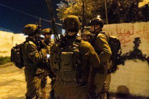 16 מבוקשים נעצרו ביהודה ושומרון. כלי נשק הוחרמו בכפר בית אומר