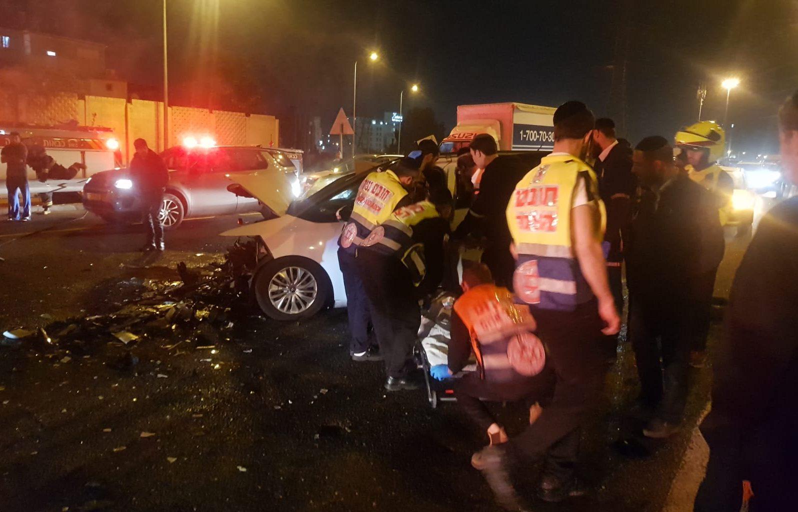בן 30 נהרג לאחר שנפגע מרכב סמוך למחלף קוממיות בחולון