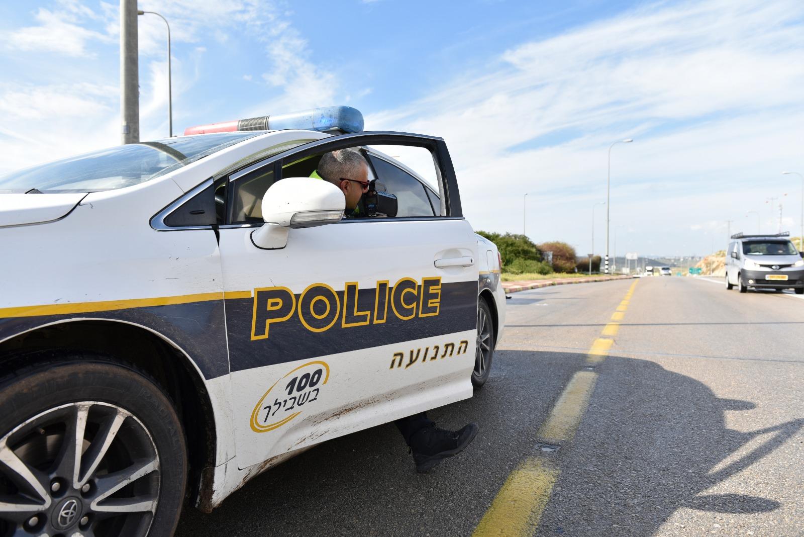 כך פילס שוטר התנועה נתיב חירום והוביל בבטחה את היולדת לבית החולים