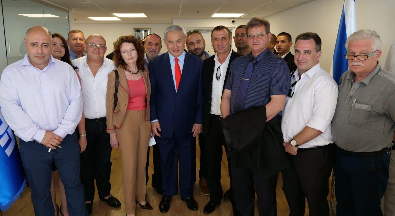 """נתניהו נפגש עם 25 נציגים של המגזר הרוסי שעבדו עם """"ישראל ביתנו"""" ועברו לליכוד"""