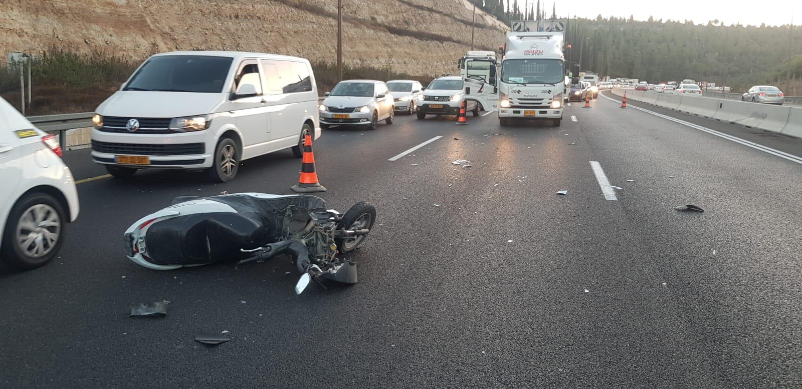 צעיר כבן 20 נהרג בתאונת דרכים סמוך לשער הגיא