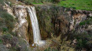 מדהים! מפל מיצר בגולן בתיעוד לאחר הגשמים הרבים