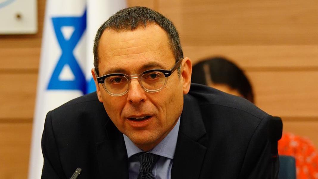 פוליטיקה עם חברו סער | האוזר מתנגד לעסקה עם חמאס: