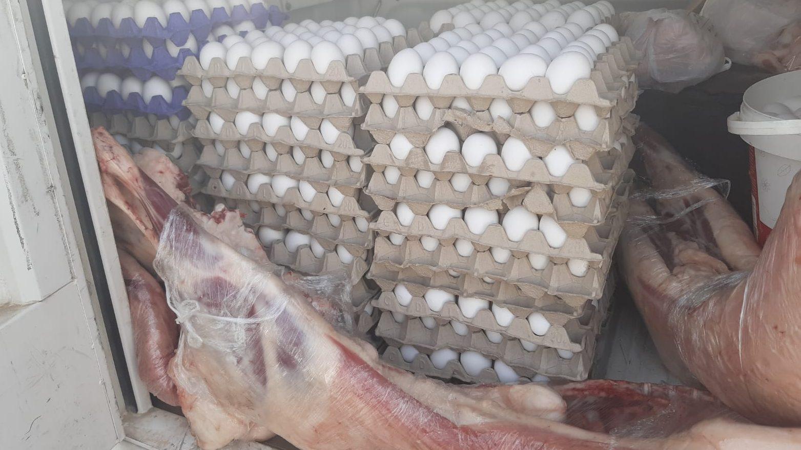 המשטרה תפסה מאות ביצים ובשר בכמות גדולה ללא פיקוח במזרח ירושלים