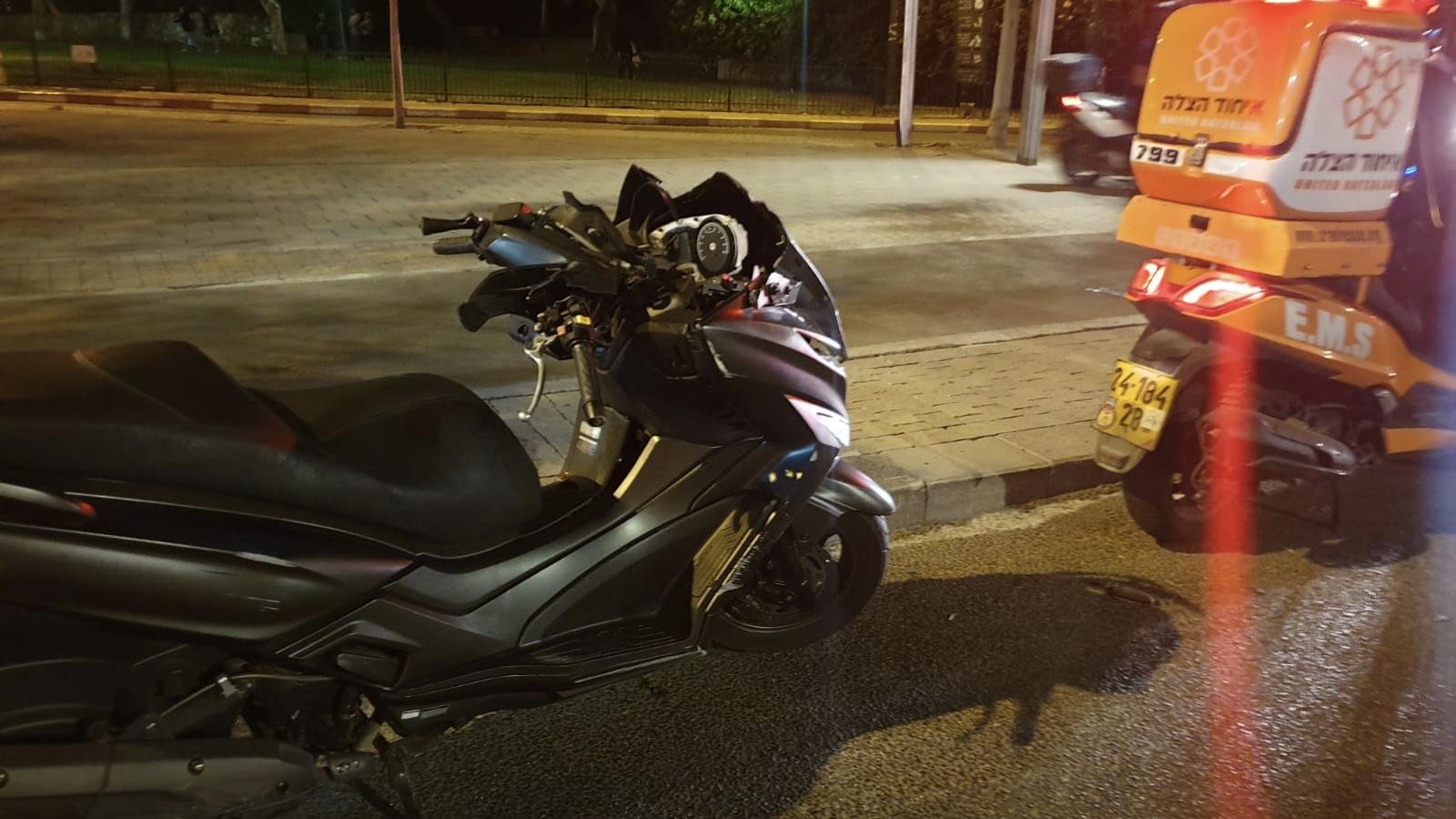 הקטל בכבישים: רוכב אופנוע כבן 17 נהרג בתאונת דרכים בתל אביב