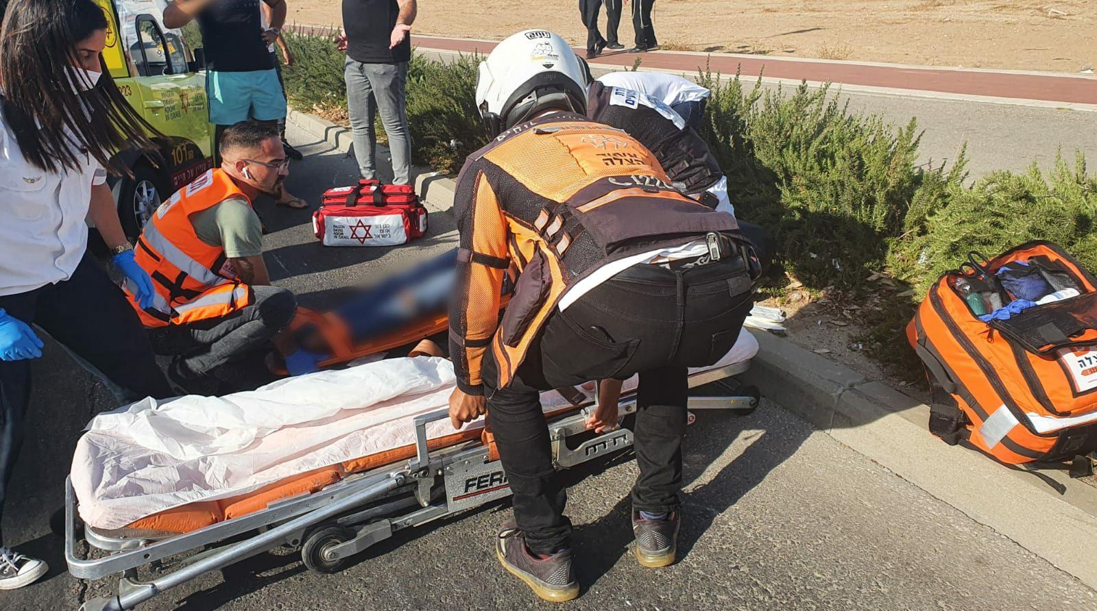 רוכב אופנוע נפצע בינוני בתאונה באשדוד