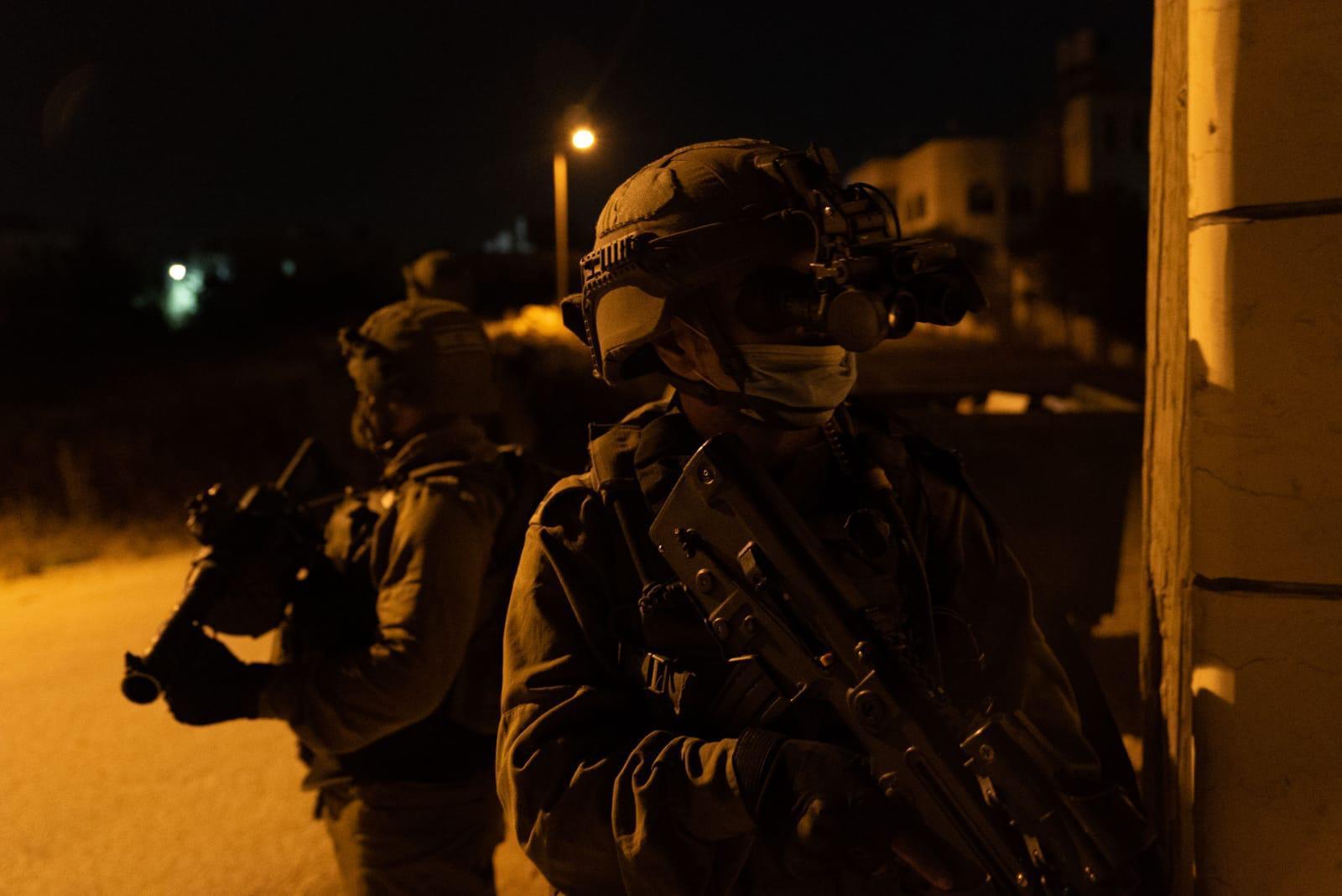 כוחותינו מגדוד 53 תפסו חשודים שהגיעו להשליך בקת״בים בגזרת החטיבה המרחבית עציון