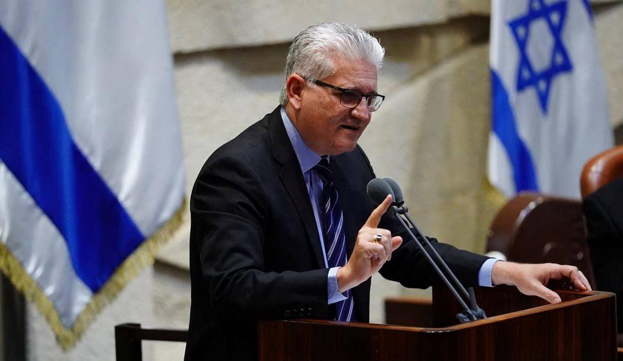 כתב אישום מתוקן הוגש נגד הנאשם באיומים על חברי הכנסת אבידר ומיכאלי
