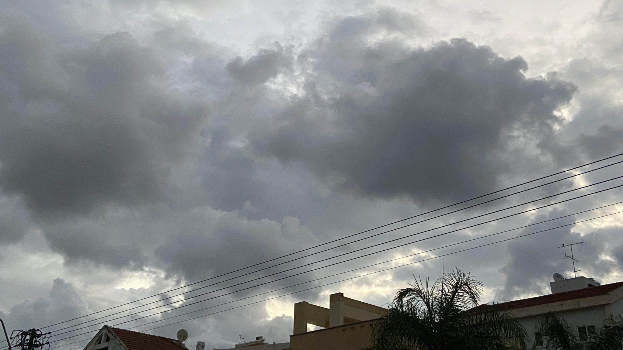 בוקר טוב עם ישראל היקר | תחזית מזג האוויר: מעונן ויבש. הרוחות יתחזקו בשעות אחה