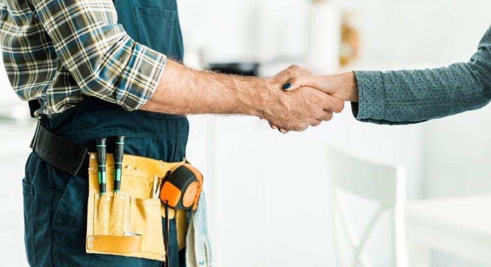בחירת אנשי מקצוע לעבודות הבית – איך לעשות זאת בדרך הנכונה