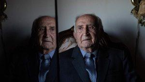 להותיר חותם: ניצול השואה שהקים האנדרטה לזכר קורבנות סטלין הלך לעולמו | עלינו לזכור את סיפורו
