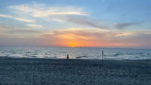 ארצנו היפה: שקיעה מהממת בחוף הים בקריות