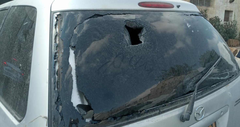 הטרור בארצנו: יהודי נפצע בפיגוע אבנים בירושלים